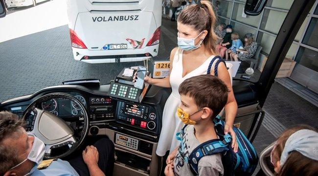Stopot mutat a sofőr, ha nem visel maszkot