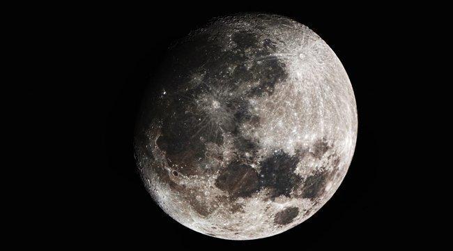 Fontos szabályokat hozott meg a NASA: tilos a harc és a szemetelés a Holdon
