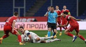 Bravúros döntetlent játszott Oroszországban a magyar fociválogatott