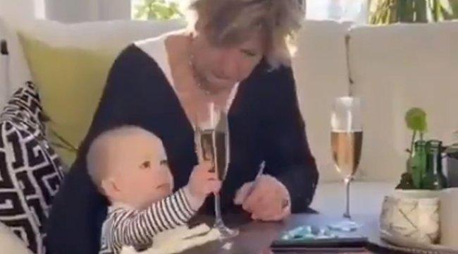 Pezsgőjét mentette az unokája helyett: mégis jól döntött? – videó