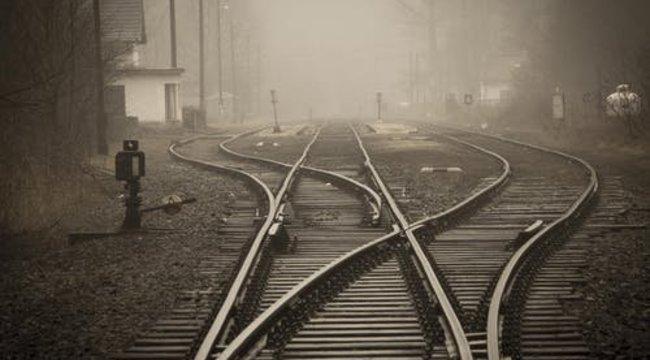 Síntisztítás közben gázolta halálra a vonat a nyugdías takarítónőt Szárligetnél