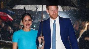Harry hercegék idén sem karácsonyoznak Angliában – a királynő egy éve nem láthatta dédunokáját
