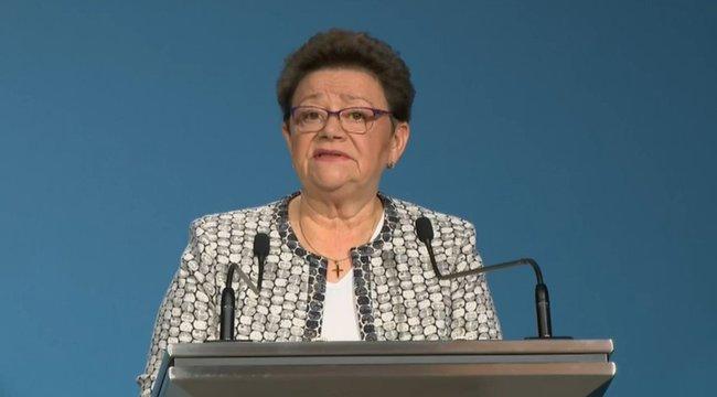 Müller Cecília:Az őszi szünet alatt nagy fertőtlenítő akciókat tartanak az iskolákban