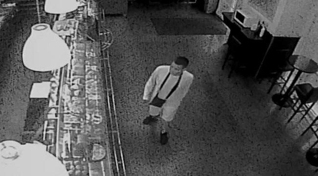 Késsel fenyegetőzőtt a boltban, amikor rászóltak, hogy viseljen maszkot