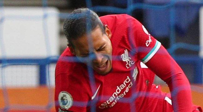 Fair play helyett: Súlyos testi sértés, amit a válogatott focikapus előadott holland ellenfele letarolásával