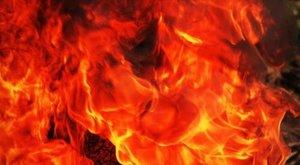Egy apa drámája: két gyerekéért ment a lángok közé, de egyikük helyett mást fogott meg - a fiú bennégett