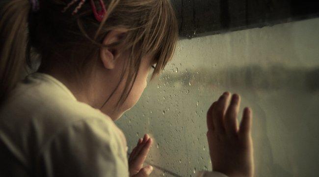 Hatéves kislány tanúskodik az angyalarcú pedofil ellen
