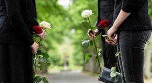 Bizarr ajándék: saját temetését kapta születésnapjára