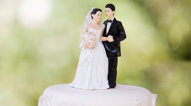 Felejtse el a habos-babos, szirupos pózolást! Elkészült a világ legőszintébb esküvői fotója