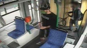 Videón az elkövető! Ő vert össze egy utast a 4-es 6-os villamason