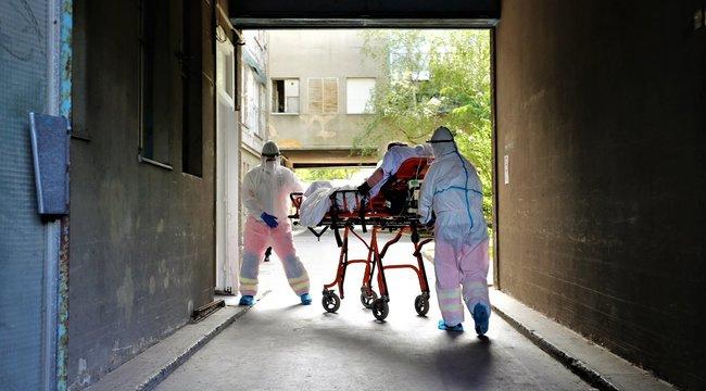 Sokkoló adat - Meghalt 63 beteg, 2079-cel nőtt a fertőzöttek száma Magyarországon