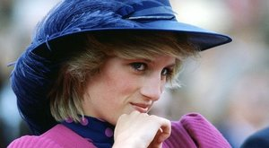Diana hercegnétől Eva Longoriáig: kiderült, mivel maszturbálnak a sztárok