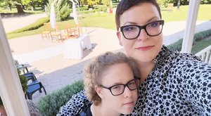 Hétköznapi hős: Kötelező visszaadnom azt, amit kaptam– koraszülött babákon segít Zsuzsi