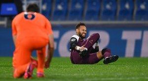 Súlyosan megsérült: hetekig nem léphet pályára Neymar
