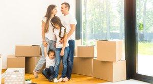 Újabb segítség a családoknak –Maximálják a fizetendő közjegyzői díjakat