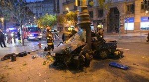 Előkerült a felvétel! Kamera rögzítette a Károly körúti balesetet, amiben a 17 éves fiú szörnyethalt
