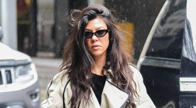 Maszktagadó összeesküvés-elméletet terjeszt Kourtney Kardashian – normális?!