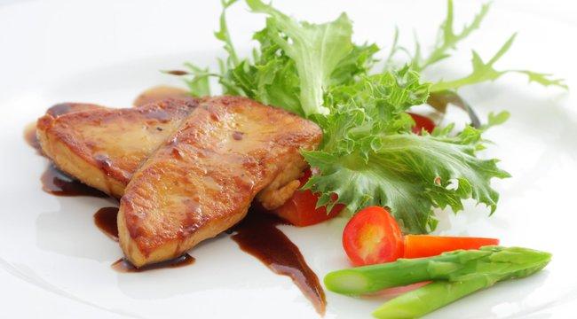 Fenséges Márton-napi lakoma: Sütés közben lepje el a zsír a libamájat!