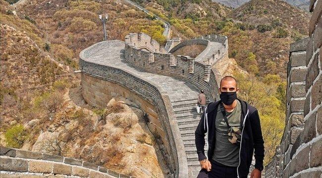 Azta! Testén viseli utazása emlékeit Geri – elképesztő fotók