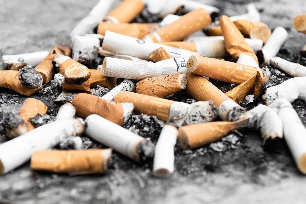 Már régen le kellett volna hagynom a dohányzást)