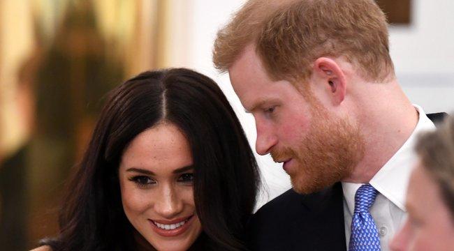 Ebből megint oltári botrány lesz: Semmibe vette Károly születésnapját Meghan és Harry – Fotók