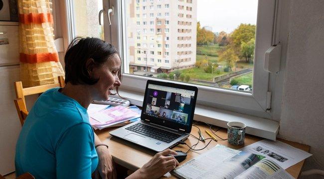 A Bors utánajárt:A szolgáltatónál kell igényelni az ingyenes internetet