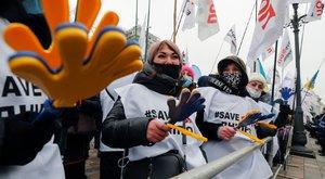 Az ukrán parlament nem szüntette meg a hétvégi karantént