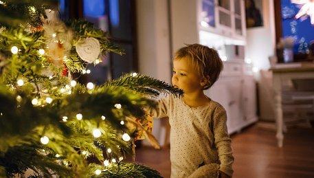 Újjászülettek a legnépszerűbb, tradicionális karácsonyi dalok – videó