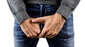 Már kutatás is bizonyítja: minél kisebb a férfi pénisze, annál vastagabb a pénztárcája