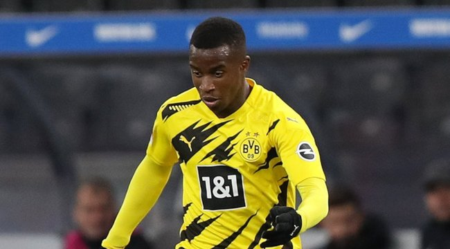 Már most milliárdos a Dortmund 16 éves csodagyereke