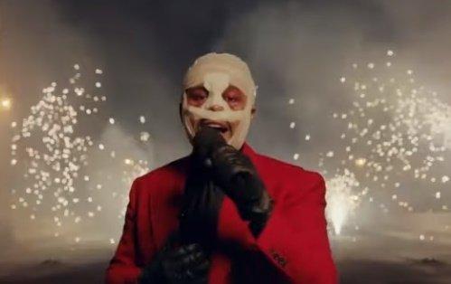 Mi történt? Brutális külsővel lépett színpadra The Weeknd – videó