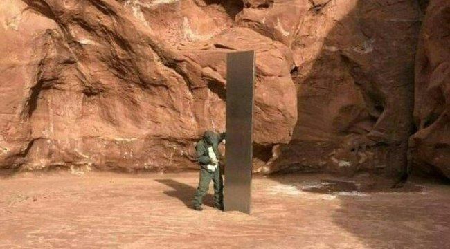 Rejtélyes monolit bukkant fel Utahban, az UFO-hívők odavannak – fotók