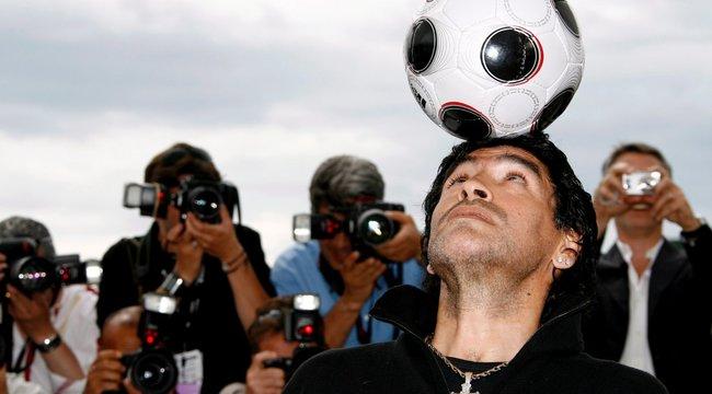 Előkerült a Maradonáról készült utolsó fotó - családja felháborodott