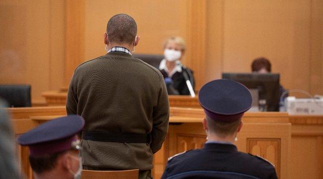 Azért mentem oda, hogy kérjen bocsánatot - mondta az apa-fia páros megölésével vádolt Miklós - videó