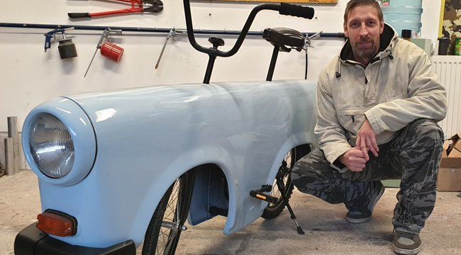 Őrület: Trabantból készített biciklit Zsolt – bárki szerezhet ilyen járgányt magának – videó