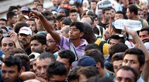 Megdöbbentő EU-s terv került elő: 34 millió migránsnak adnának állampolgári jogokat