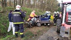 Megrázó képeket kaptunk a debreceni balesetről: felismerhetetlenségig tört az autó
