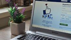 A Facebook ezentúl keményebben fellép a vakcináról szóló álhírekkel szemben