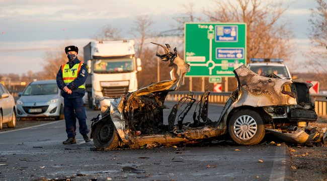 Kiderült: Két gyerek és szüleik haltak meg a győri horrorbalesteben - Megszólalt a kamionsofőr felesége