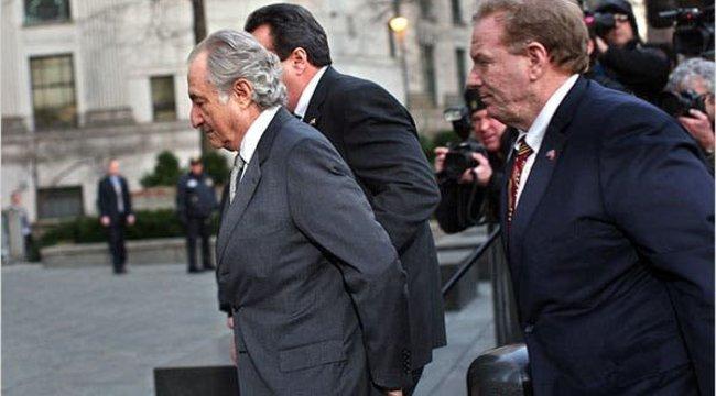 Elhunyt a Gábor Zsazsát kétmilliárd forinttal átverő bróker | BorsOnline