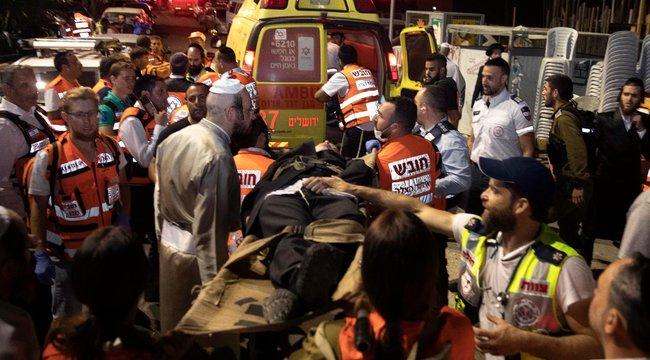 Ketten meghaltak, 166-an megsérültek Izraelben, miután összedőlt egy félkész zsinagóga emelvénye | BorsOnline