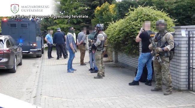 Megszólalt a terrorizmussal vádolt magyar diák édesapja: erre készül a család