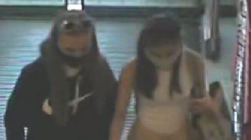 Felismeri őket? Egy miskolci drogériából lopott ez a két fiatal lány – fotó