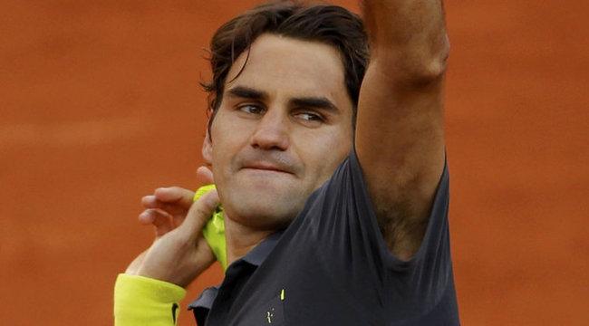 Megcsalták Federert