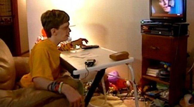 Idegenek segítettek a fogyatékos fiúnak