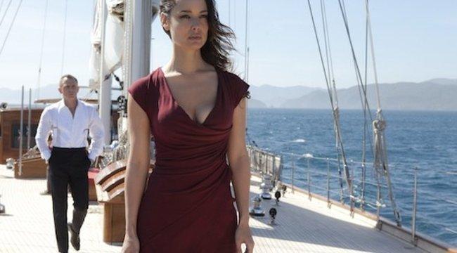 Kiderült, ki minden idők legszexisebb Bond-lánya