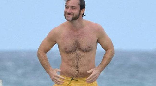 Borzalmasan néz ki Jude Law - fotók