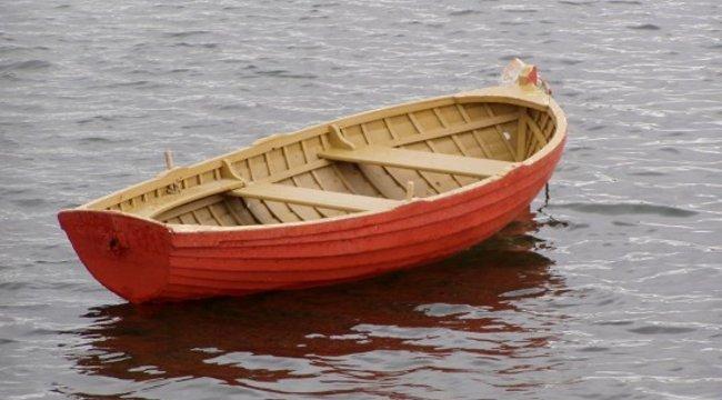 Csónakjával elsüllyedt és eltűnt egy férfi a Dunán