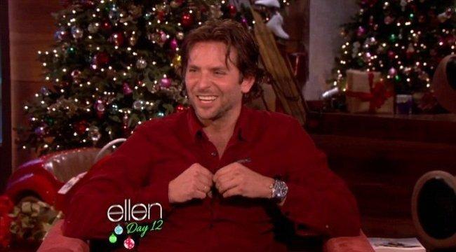 Öt mellbimbójával sokkolt Bradley Cooper - fotók