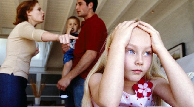 Lázadnak, de követik a szülői mintát  a fiatalok
